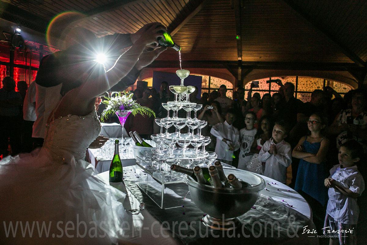 Mariage à Pau - Cascade de champagne